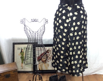 Vintage 90s Grunger Daisy Black and White Floral Skirt