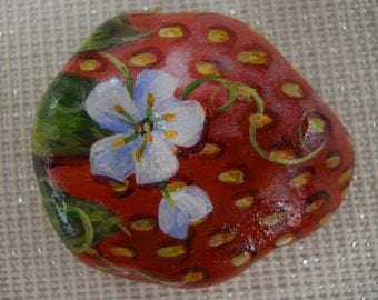 Strawberry fruit Country Collectable Hand painted Rock Art