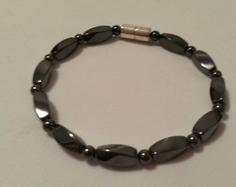 Magnetic Therapy Bracelet,All Black Magnetic Hematite Bracelet, Men's or Women's Magnetic Bracelet, Magnetic Clasp