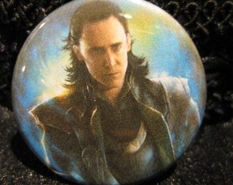Loki, pin, button, pinback, tom, hiddleston, marvel, avengers, accessory, 1.5 inch, villian