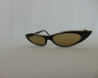 vintage black cat eye sunglasses from the fifties