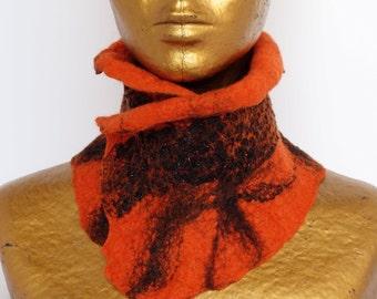 Felt nuno collar orange and lace of stalled vintage black