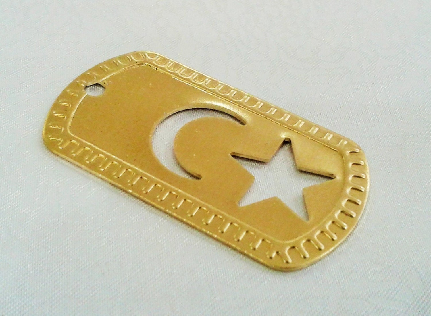 4 pcs raw brass 28 x 51 mm moon star tag 4 mm head hole for Just my style personalized jewelry studio