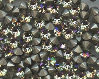 1028 SS29 LGR***  12 Swarovski rhinestones point back SS29 (6,2mm)  crystal luminous green