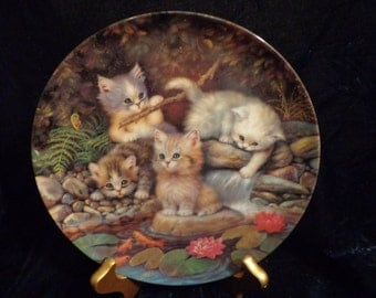 "Bradex Germany ""An Seerosenteich"" Collectible Plate, By The Lily Pond, 1996, Kittens Collectors plate, Kittens Art"