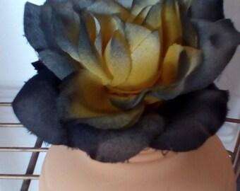 Yellow Rose of Texas Honey jar Vase