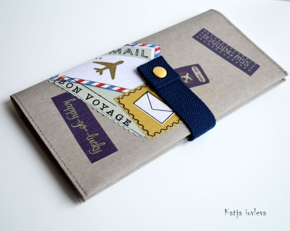 Travel document holder passport cover family by kiquiltdenmark for Family travel document organizer
