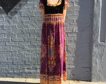 vintage 60s handmade maxidress with empire waist and psychedelic print velvet bust