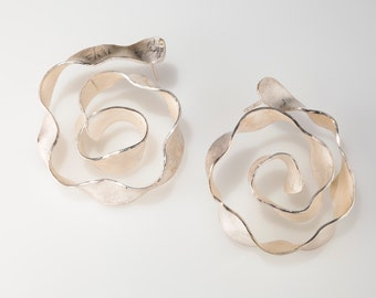 Abstract flower post earrings in sterling silver
