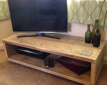 Table basse de caisse en bois un aspect rustique avec etsy - Table basse recuperation ...