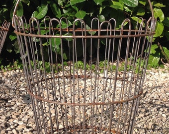 Vintage Style Wire Basket