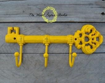 Cast Iron Skeleton Key Wall Hook * Key Hanger * shabby Chic * Wall Decor