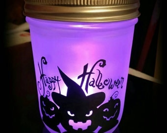 Halloween lantern with color changing tealight