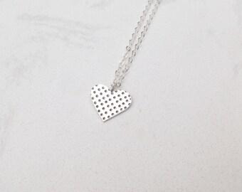 Sterling silver / Dot heart pendant