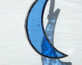 Stained Glass 'Blue Crescent Moon' Sun Catcher Hanging Window or Wall Art Blue Ripple Glass, Unusual Simple Gift,Christmas Decor