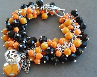 Halloween Bracelet, Orange Black Jewelry, Pumpkin Charm Bracelet, Halloween Jewelry, Chunky Cluster Bracelet, Thanksgiving Jewelry Gift Idea