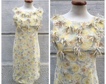 SALE -30% 60s Tailored Dress - Vintage Flowered Dress - 60s Silk Blend Dress Size M