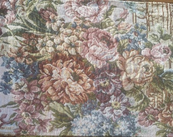 Vintage Lovely Tapestry Table Runner, Very Nice Condition, Roses and Columns Pattern with Tassles