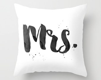 Mr and Mrs Pillow Set Couples throw pillow Bride Groom Pillow Covers Mister Missus Decor Just Married Happily Ever After throw pillow gift