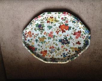 Vintage Daher Decorated Ware oval tray