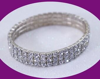 Vintage Bracelet Rhinestone Braclet Crystal Bracelet Silver Bracelet Statement Bracelet Streach Bracelet Brides Braclet Bridesmaid Gift