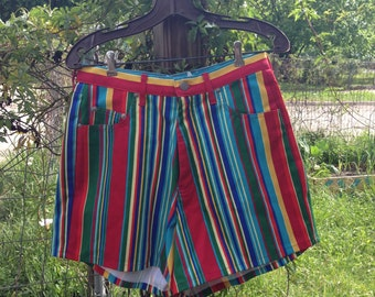 Fiesta High-Waisted Shorts (Medium)