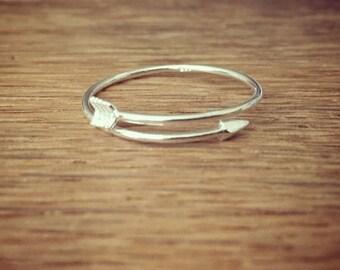 Sterling silver Minimalist Arrow ring; Silver Arrow ring
