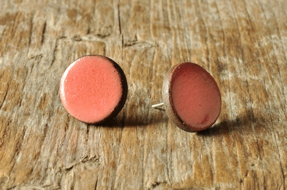 SMALL glossy coral round stoneware stud earrings