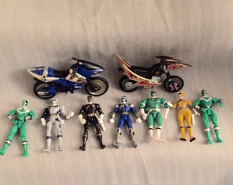 Lot of 7 Power Rangers Figures and 2 Bikes