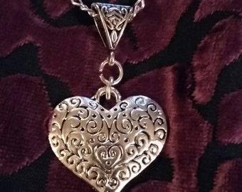 "Handmade heart pendant necklace (""antique silver"")"