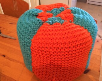 Bright knitted Pouffe