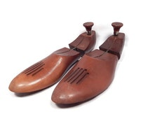 Vintage wooden adjustable shoe forms, stretchers, keepers, wood shoe trees, pair of 2