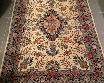 Persian Isfahan hand knotted Silk and Wool Rug 6'x4' Exquisite