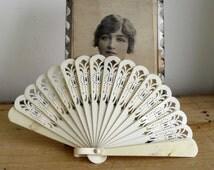 CELLULOID FAN Vintage Fan Fretwork Fan Romantic Boudoir Decor 1930s Fan Art Deco Accessory Period Prop Cream Fan Faux Ivory Hand Held Fan