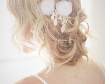 White tulle hair flowers with vintage lace and pearl beads, boho wedding hair flowers