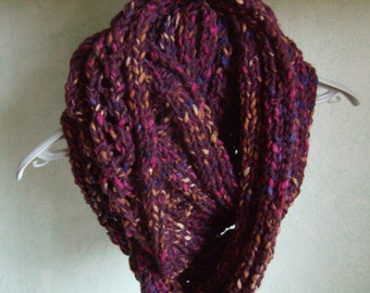 Infinity, snood, circular scarf, hand knitting, cowl, chunky scarf, twists, Burgundy/purple