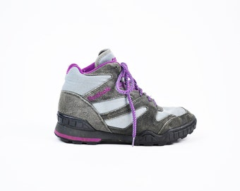 Size 6.5, 90s Reebok Hiking Boots, Vintage Reebok Sneakers, Women's Reeboks, 90s Hiking Boots, 1990s High Top Reebok Sneakers