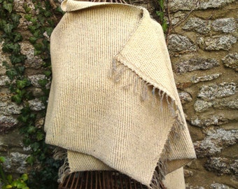 Small L-shaped wool cape, maud, shawl or poncho handwoven in Brittany from 100% wool in natural duckegg and buttermilk colours