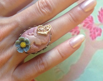 Cameo Adjustable ring pink lady and turquoise flower