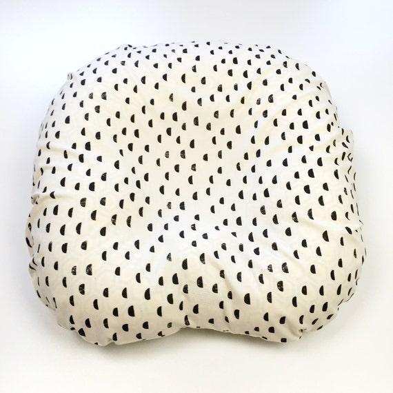 Boppy Cover >> Print Shop Moons in Black >> Boppy Newborn Lounger Nursing Pillow >> MADE-to-ORDER black boppy, moon boppy, gender neutral
