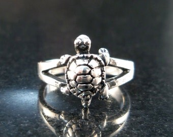 Turtle Toe Ring - Sterling silver