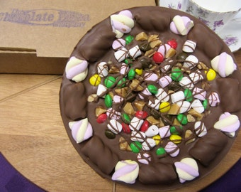 Totally Stuffed Chocolate Pizza