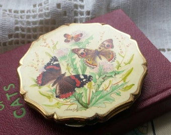 Vintage 1960s Butterfly Stratton Compact