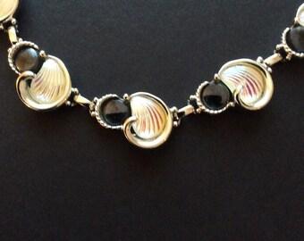 Emmons Seashell Necklace
