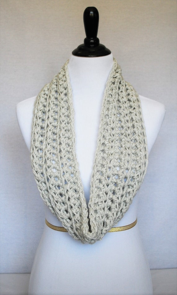 Grey Crochet Infinity Scarf, Gray Ribbed Cowl, Loose Stitch Wrap Scarf, Gray Crochet Cowl, Lacy Infinity Scarf