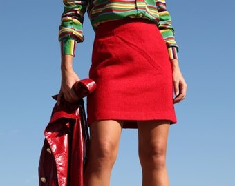 Vintage red wool mini skirt.size xs
