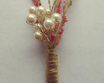 Set of 4 Pearl Blush and Gold Boutonniere  SALE!!