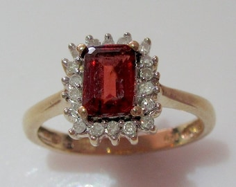 9ct Gold Garnet and Diamond Ring Size UK P USA  71/2
