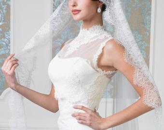 wedding veil, mantilla veil, ivory lace veil, unique veil, bridal veil, wedding weil, bride