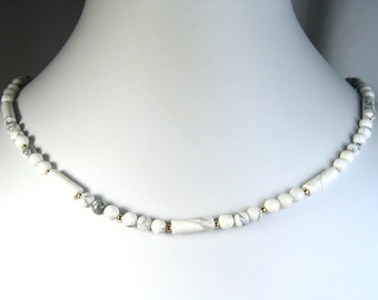 White Howlite Necklace Gold 18""